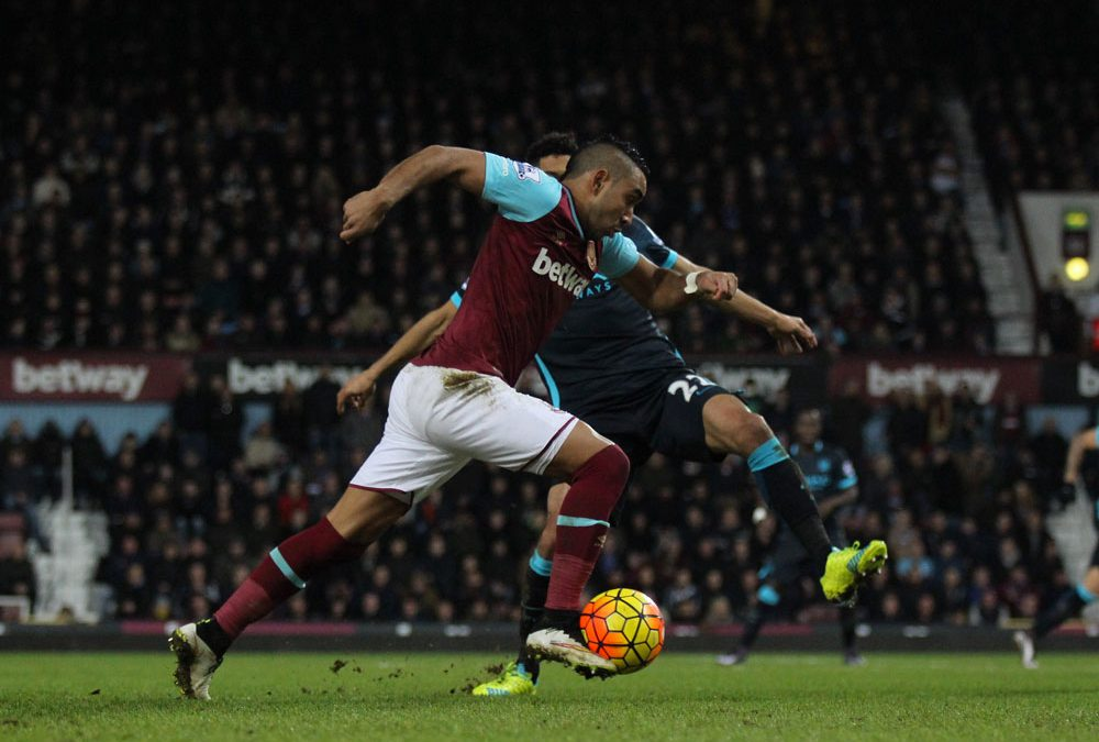 Dimitri Payet dans ses oeuvres. Photo : Flickr