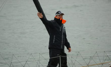 Vendée Globe : Alex Thomson bat le record des 24H