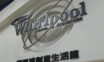 Industrie : Whirlpool délocalise son usine de production d'Amiens