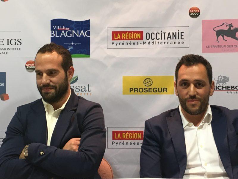 Frédéric et Benoît Trey, lors de l'annonce de la reprise du club par l'ancien international.
