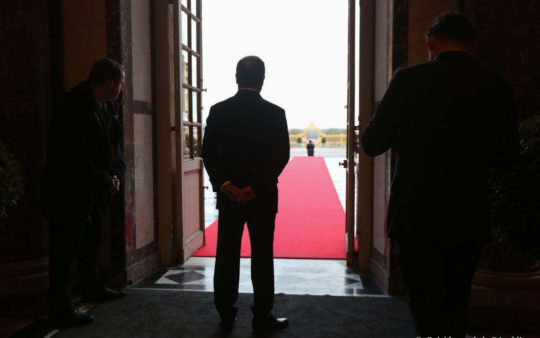 Le Président de la République représente l'autorité de l'État. / www.elysee.fr