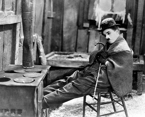 Charlot a rendu célèbre Chaplin... Et inversement ! Retour sur l'histoire de ce personnage né un 7 février ! Cc