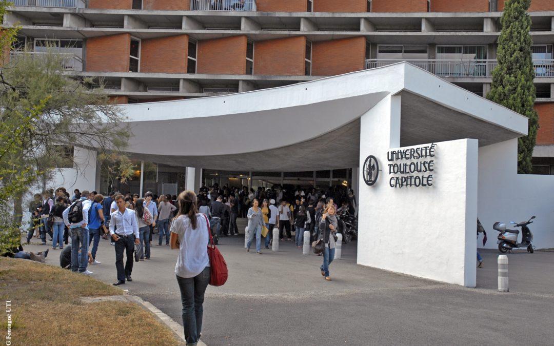 L'entrée principale de l'Université Toulouse Capitole /Le Monde