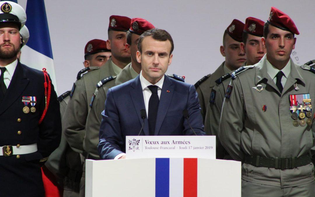 Le président français jeudi 17 janvier 2018 en visite Francazal / Crédit : Martin Gausseran