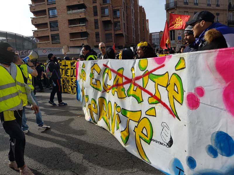 L'acte XIII des Gilets jaunes aura rassemblé du monde dans les rues de Toulouse. / Crédits : S.A