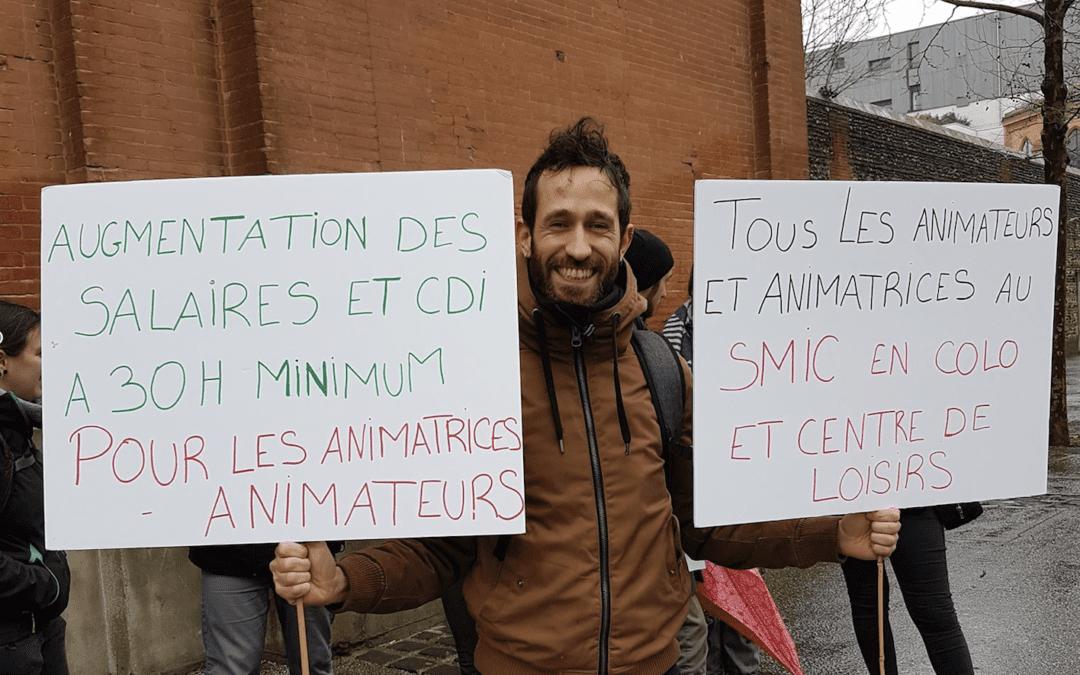 Jérémy, animateur en CLAE, un des porte-étendard des animateurs toulousains. Crédits : Simon Aiguedieu