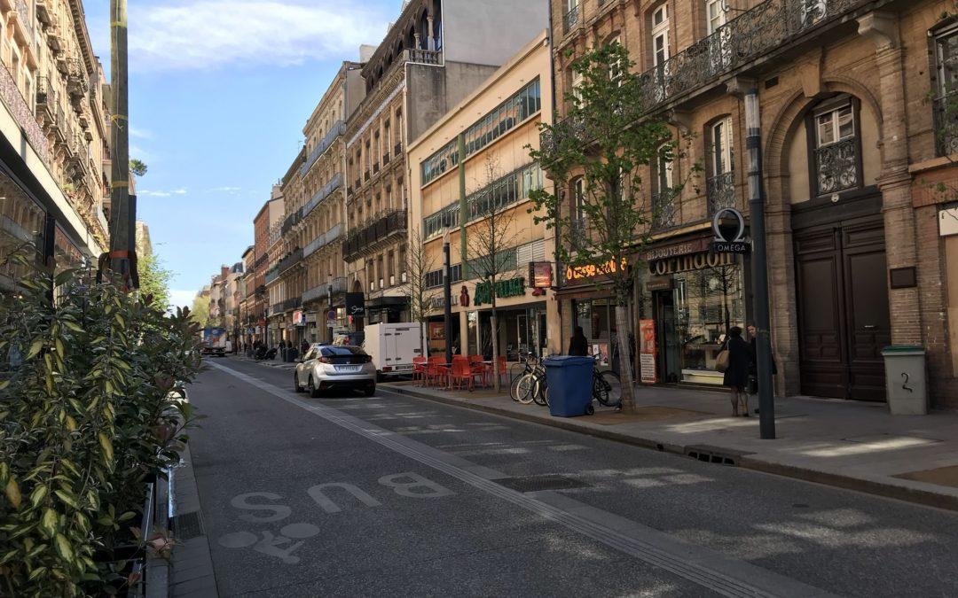 Rue de Bayard le 5 avril 2019, plutôt propre et calme en milieu de journée/ crédit photo: N.SADOURNY