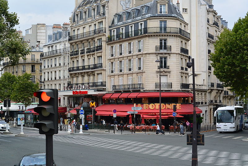 18 janvier. Un incendie s'est déclenché dans la célèbre brasserie La Rotonde à Paris. Le feu n'a pas fait de victime mais les dégâts matériels sont importants. Crédit : Wikimedia Commons