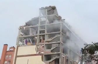 La violente explosion a soufflé le bâtiment. Crédit : Twitter Emergencias Madrid