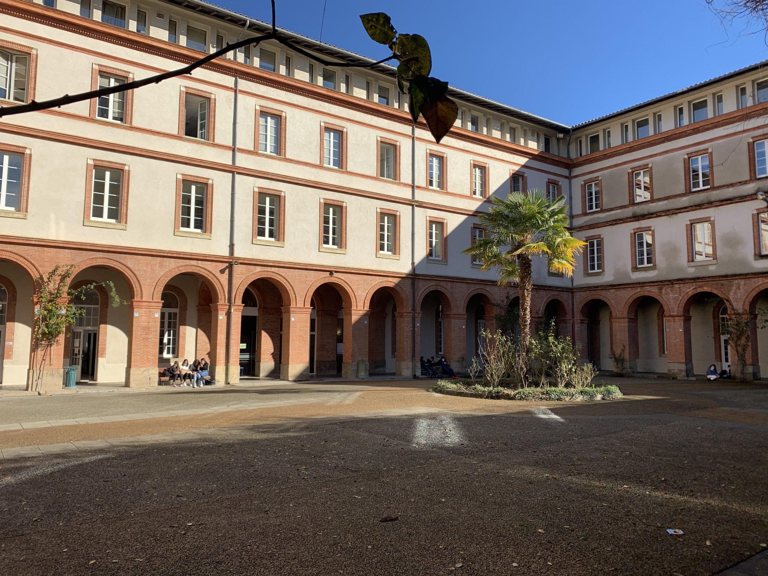Lycée général et technologique du Castella à Pamiers. Crédit : Emmanuel Rivals