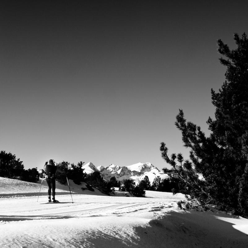 Skieur au Plateau de Beille. Crédit : CC BY-SA 3.0 Théobaldus1