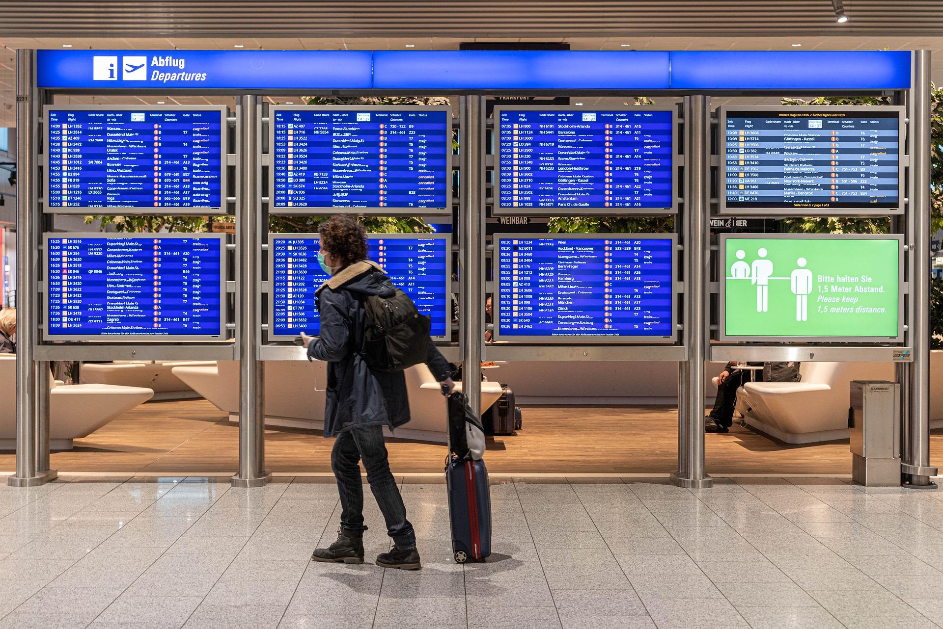 La France interdit les déplacements depuis et vers des pays extérieurs à la zone UE. Crédit : Pixabay